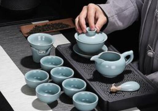 为什么越来越多的人爱用陶器泡茶?陶器泡茶的好处有哪些